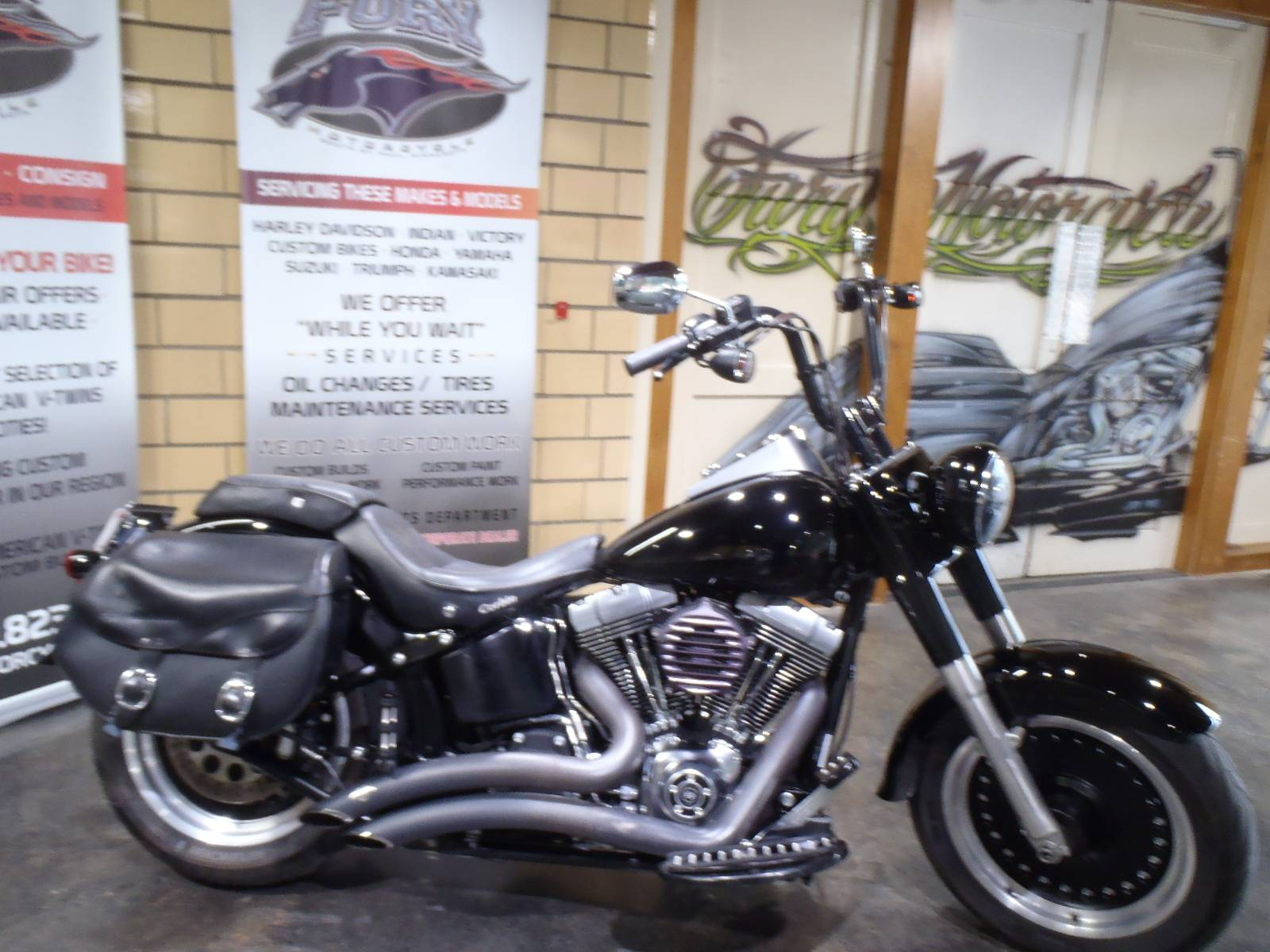 2010 Harley-Davidson Softail® Fat Boy® Lo in South Saint Paul, Minnesota - Photo 14