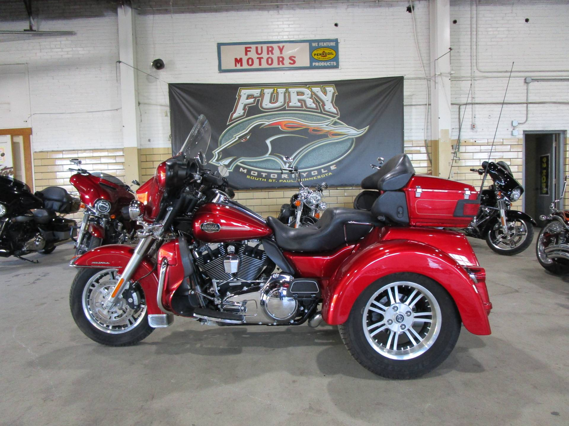 2013 Harley-Davidson FLHTCUTG TRI GLIDE in South Saint Paul, Minnesota - Photo 7