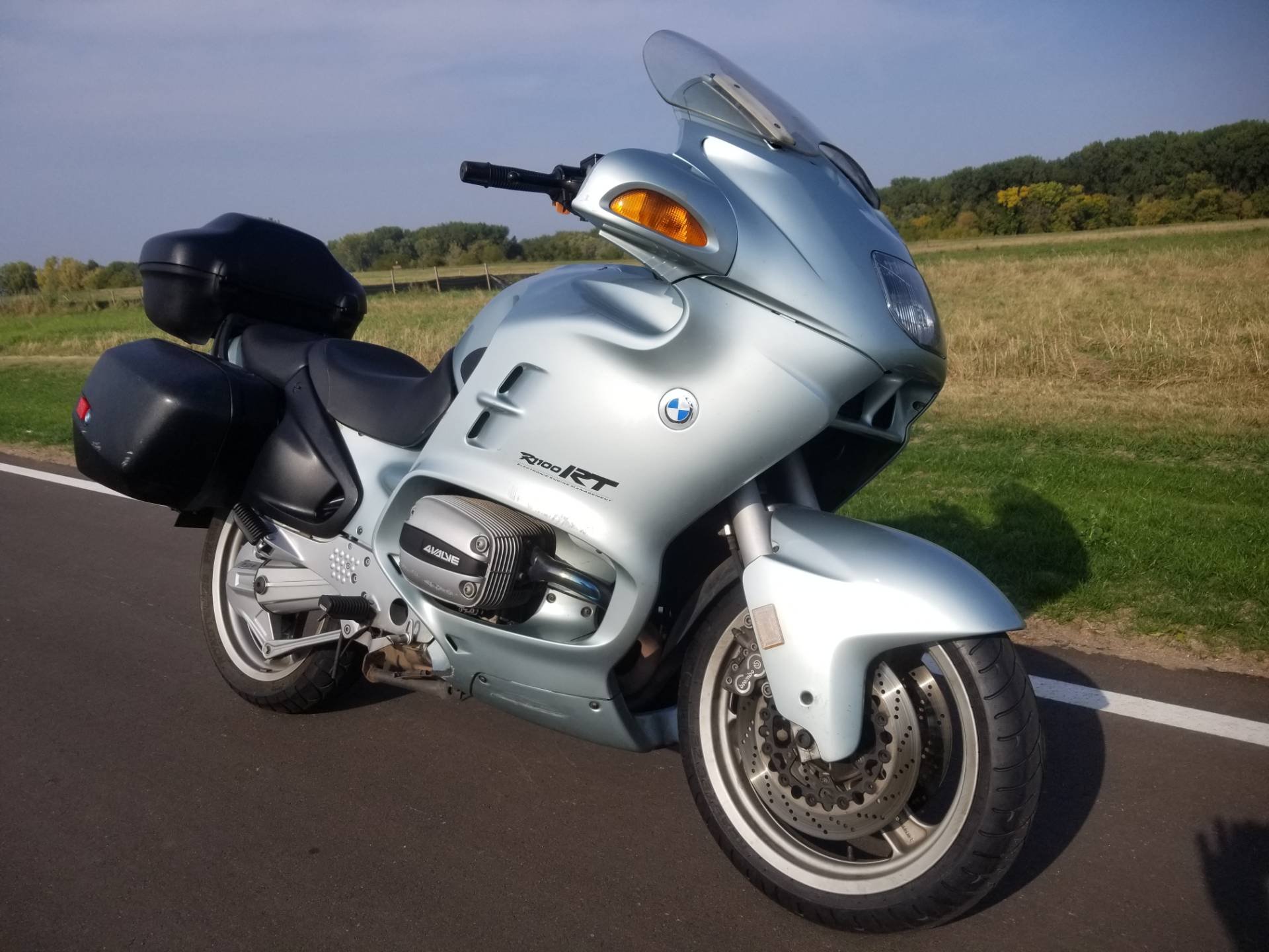 1997 BMW R1100RT A in South Saint Paul, Minnesota - Photo 2