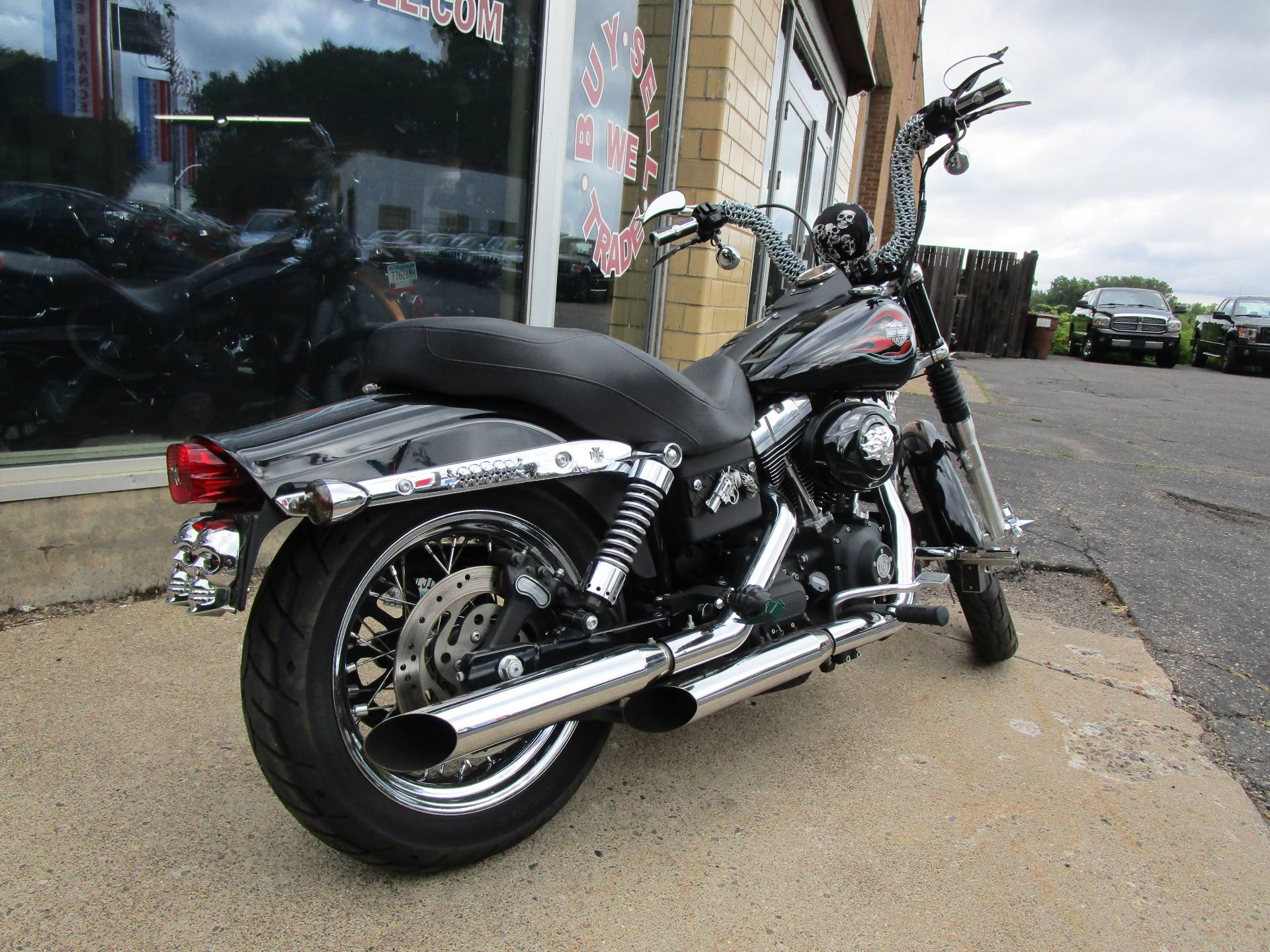 2007 Harley-Davidson Dyna® Street Bob® in South Saint Paul, Minnesota - Photo 11