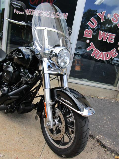 2015 Harley-Davidson Road King® in South Saint Paul, Minnesota - Photo 3