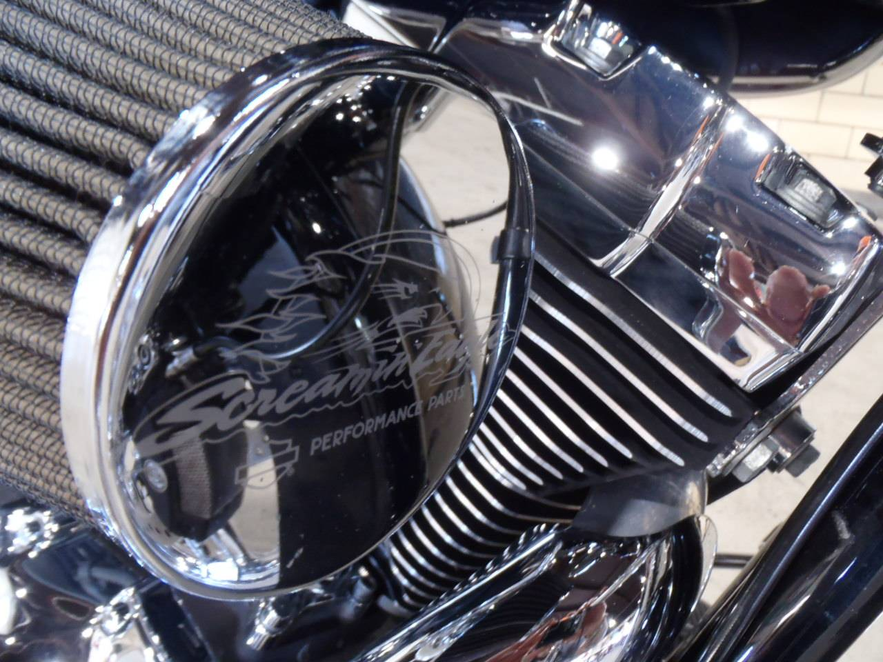 2015 Harley-Davidson Street Glide® Special in South Saint Paul, Minnesota - Photo 5