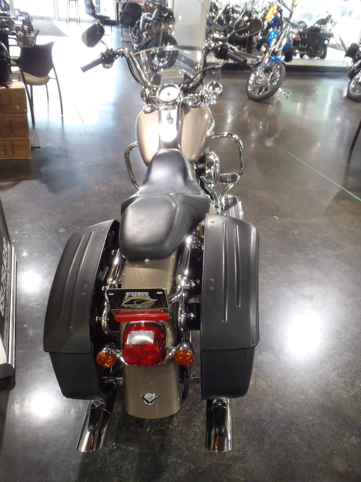 2005 Harley-Davidson FLHRS/FLHRSI Road King® Custom in South Saint Paul, Minnesota - Photo 11