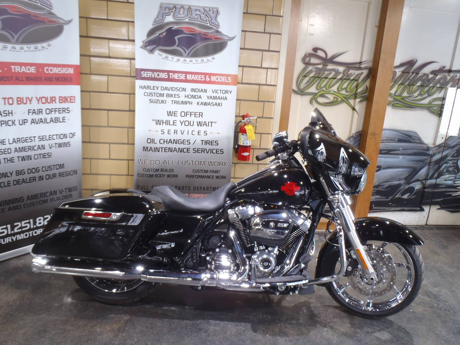 2020 Harley-Davidson Electra Glide® Standard in South Saint Paul, Minnesota - Photo 2