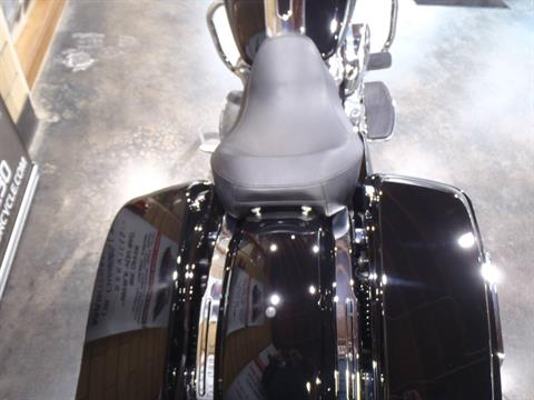 2020 Harley-Davidson Electra Glide® Standard in South Saint Paul, Minnesota - Photo 13