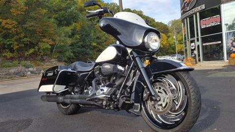 2011 Harley-Davidson Police Electra Glide® in South Saint Paul, Minnesota