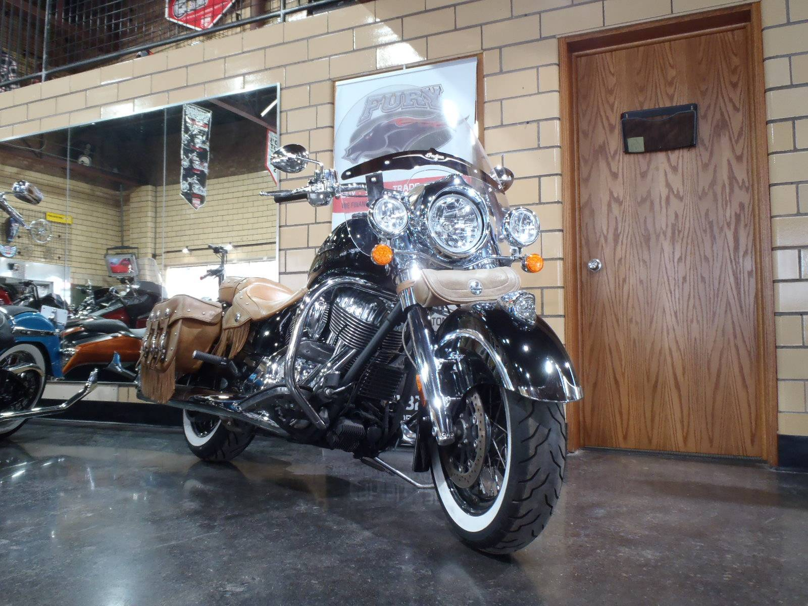 2014 Indian Chief® Vintage in South Saint Paul, Minnesota - Photo 2