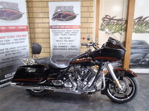2012 Harley-Davidson Road Glide® Custom in South Saint Paul, Minnesota - Photo 2