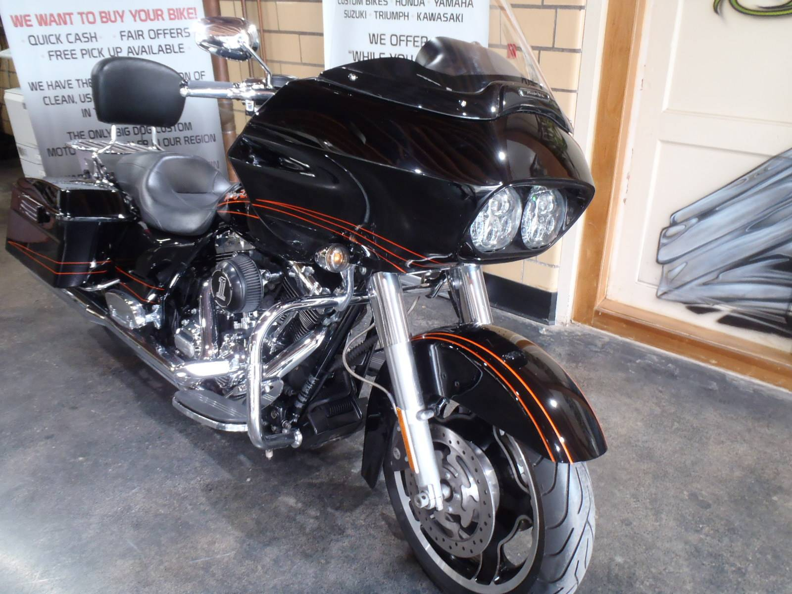 2012 Harley-Davidson Road Glide® Custom in South Saint Paul, Minnesota - Photo 5