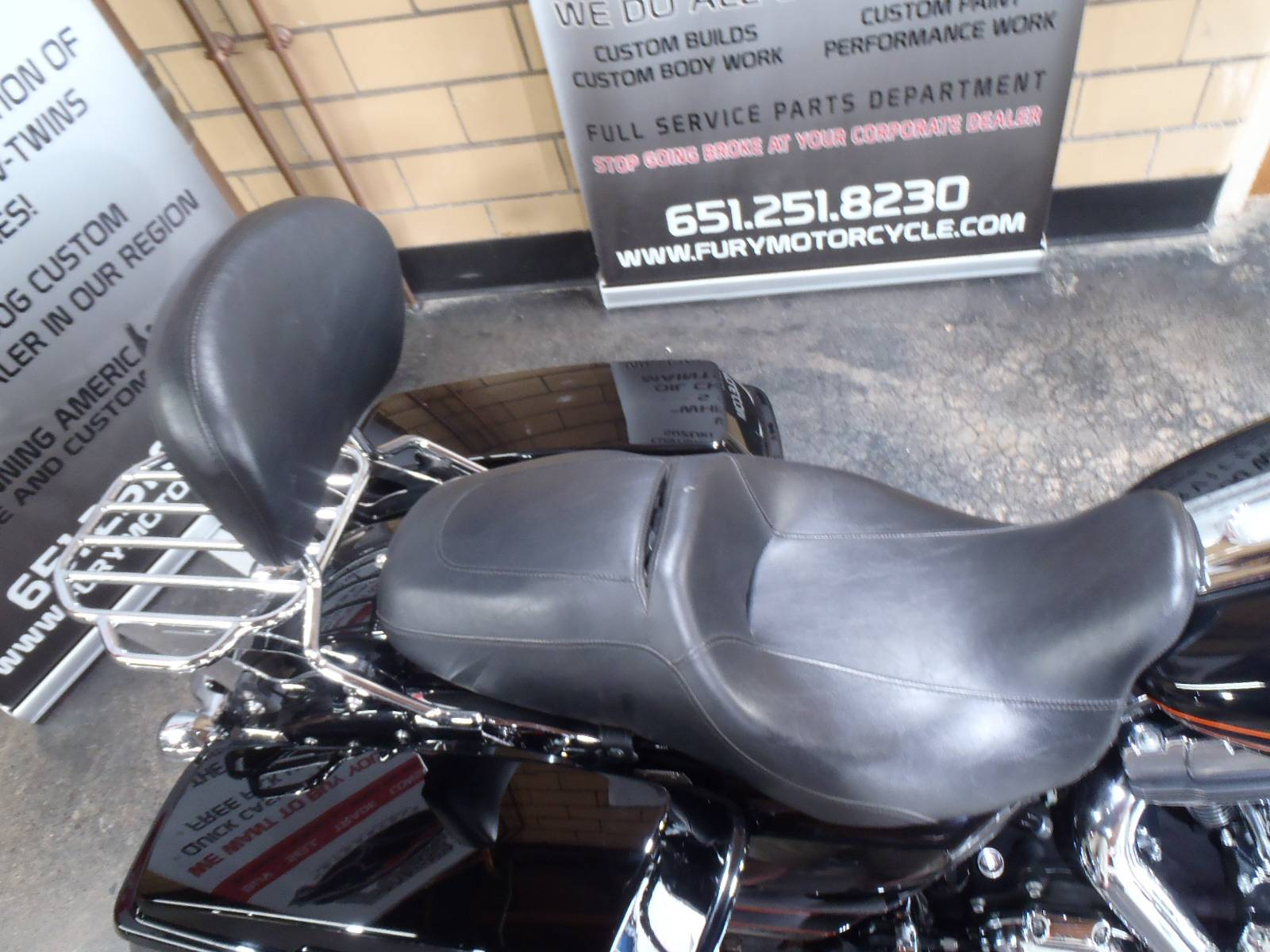 2012 Harley-Davidson Road Glide® Custom in South Saint Paul, Minnesota - Photo 10
