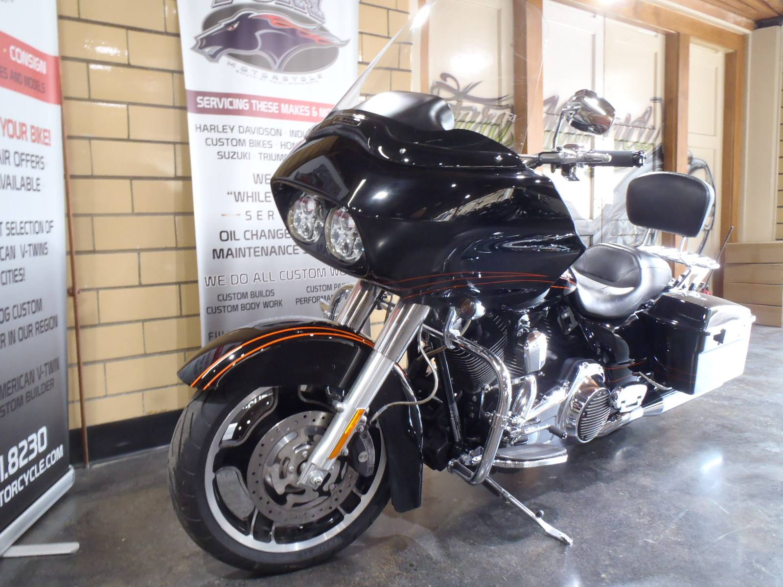 2012 Harley-Davidson Road Glide® Custom in South Saint Paul, Minnesota - Photo 15