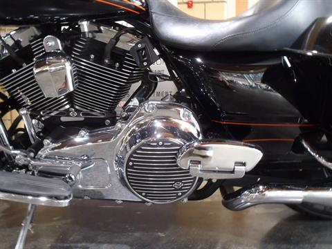 2012 Harley-Davidson Road Glide® Custom in South Saint Paul, Minnesota - Photo 17