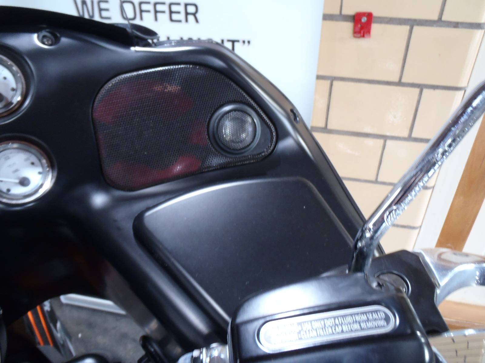 2012 Harley-Davidson Road Glide® Custom in South Saint Paul, Minnesota - Photo 22