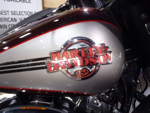2007 Harley-Davidson Ultra Classic® Electra Glide® in South Saint Paul, Minnesota - Photo 9