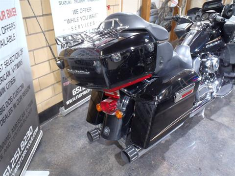 2012 Harley-Davidson Road Glide® Ultra in South Saint Paul, Minnesota - Photo 9