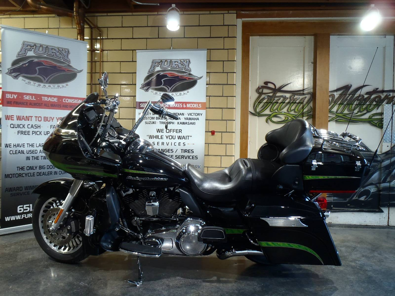 2012 Harley-Davidson Road Glide® Ultra in South Saint Paul, Minnesota - Photo 18