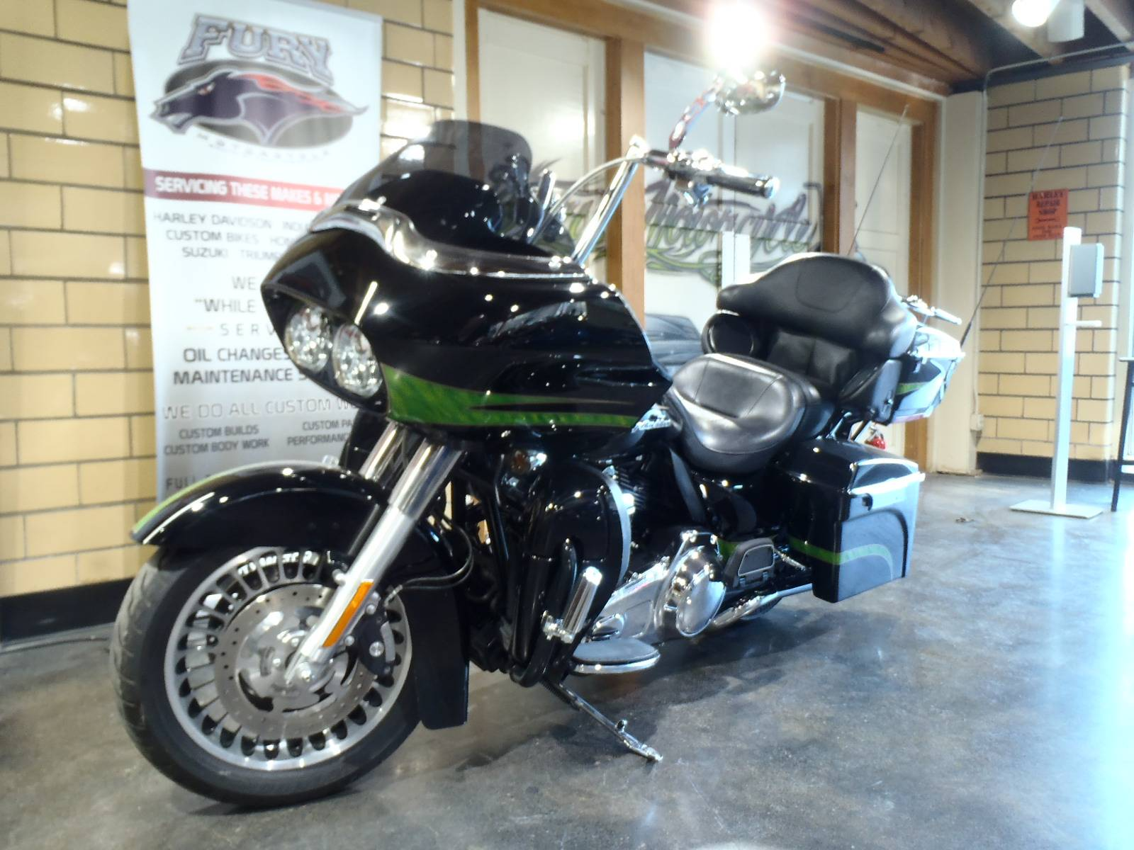 2012 Harley-Davidson Road Glide® Ultra in South Saint Paul, Minnesota - Photo 19