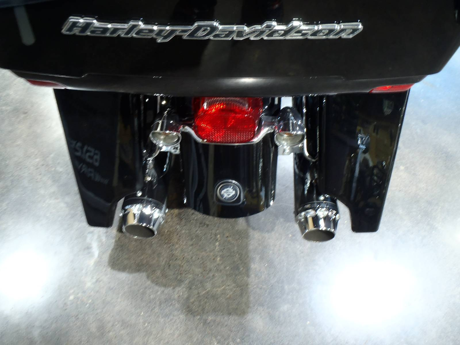 2012 Harley-Davidson Road Glide® Ultra in South Saint Paul, Minnesota - Photo 14