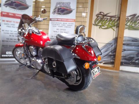 2010 Kawasaki Vulcan® 900 Custom in South Saint Paul, Minnesota - Photo 14