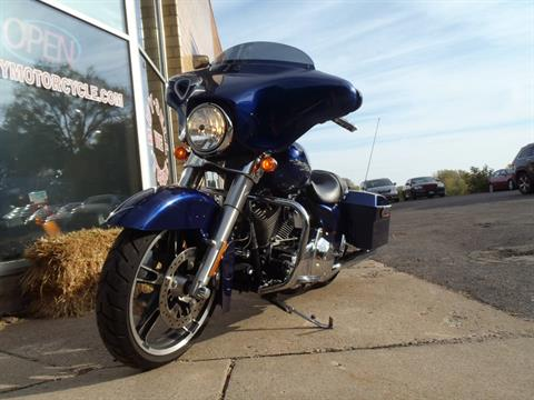 2009 Harley-Davidson Street Glide in South Saint Paul, Minnesota - Photo 19