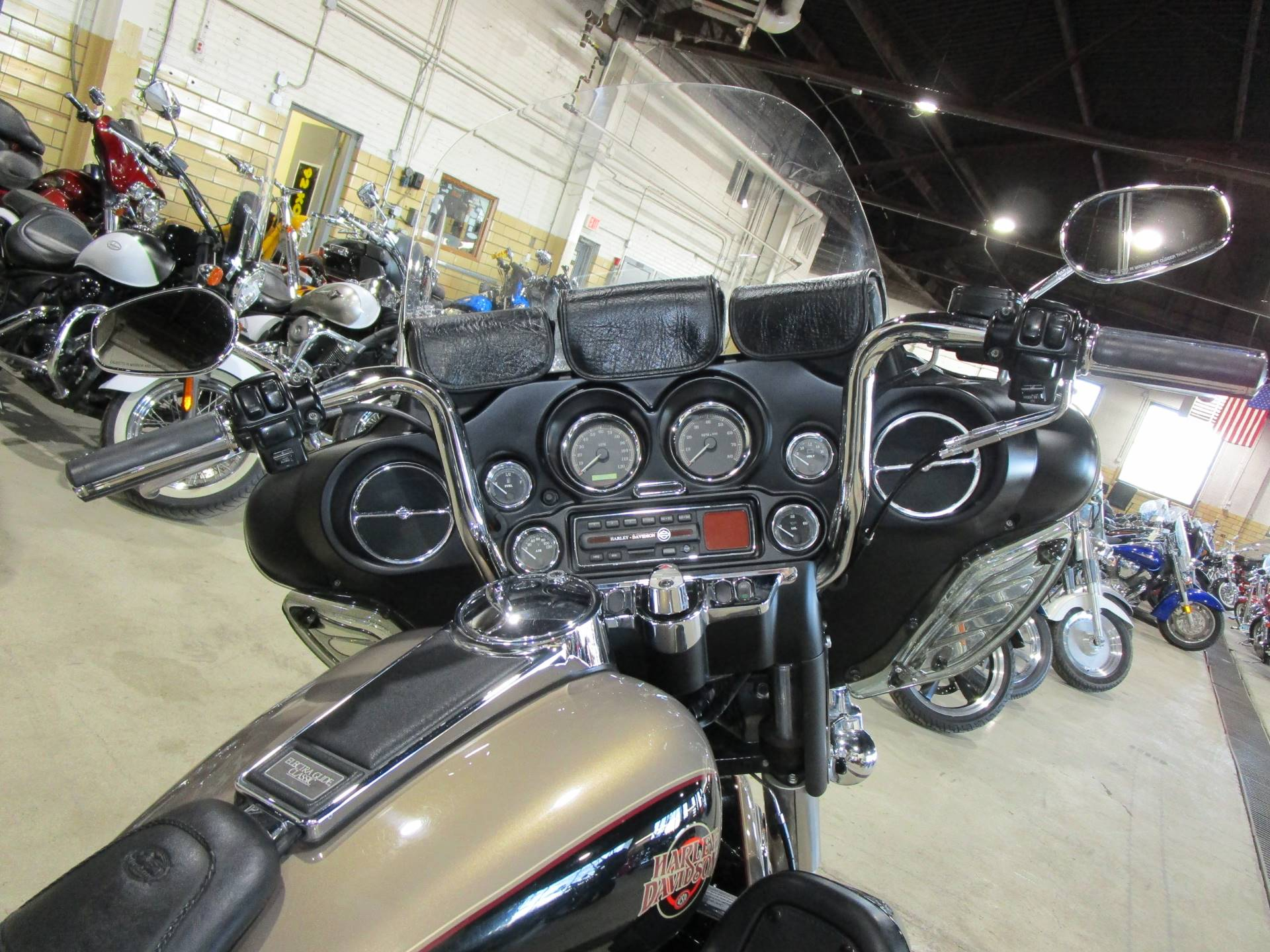 2004 Harley-Davidson FLHTCUI Ultra Classic® Electra Glide® in South Saint Paul, Minnesota