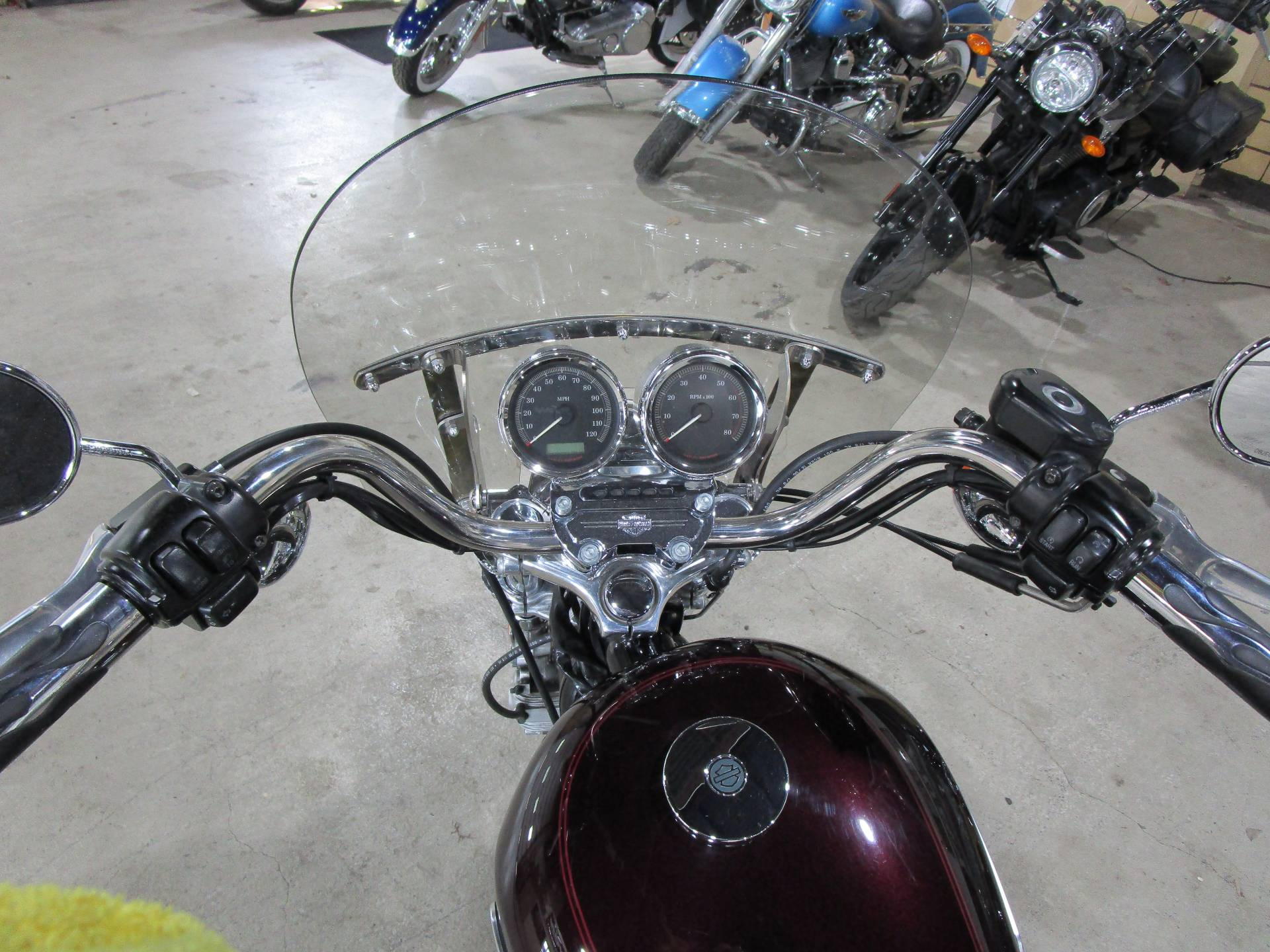 2007 Harley-Davidson Sportster® 1200 Low in South Saint Paul, Minnesota - Photo 13