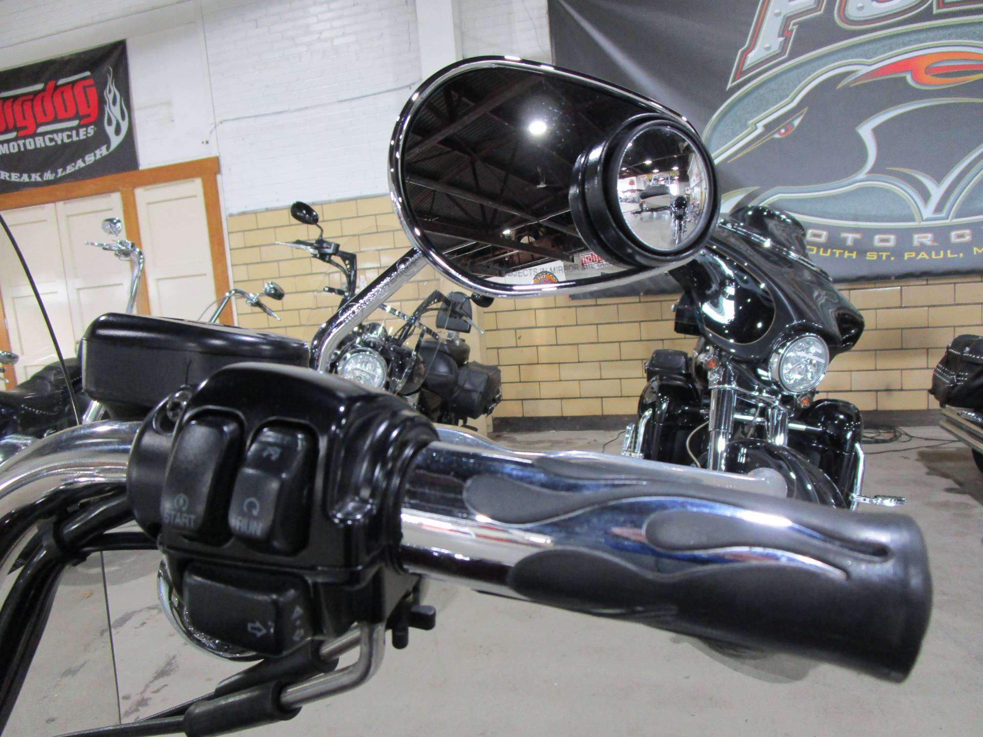 2007 Harley-Davidson Sportster® 1200 Low in South Saint Paul, Minnesota - Photo 15