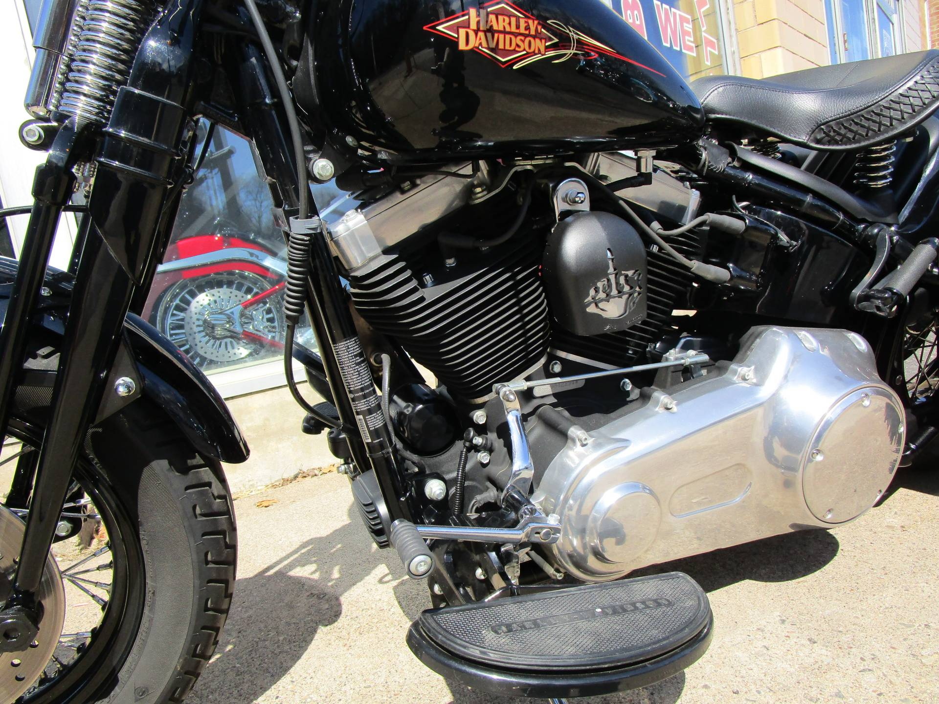 2011 Harley-Davidson Softail® Cross Bones™ in South Saint Paul, Minnesota - Photo 5