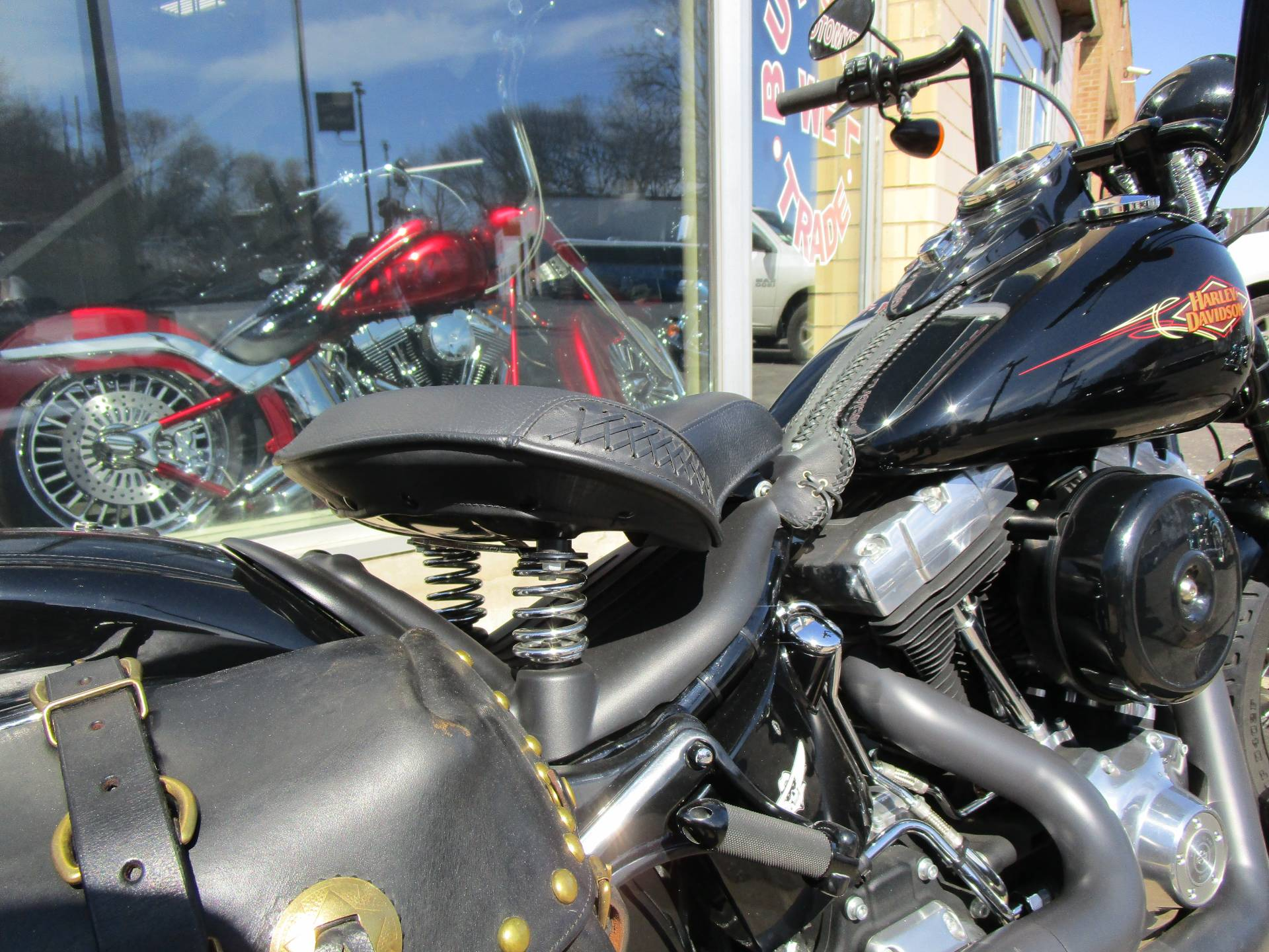 2011 Harley-Davidson Softail® Cross Bones™ in South Saint Paul, Minnesota - Photo 20