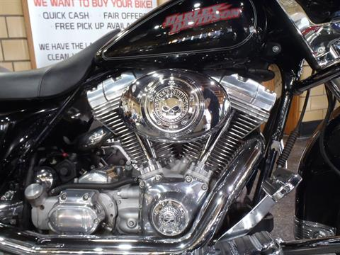 2006 Harley-Davidson Electra Glide® Standard in South Saint Paul, Minnesota - Photo 4