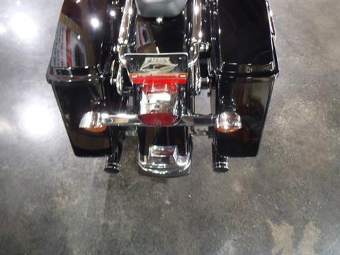 2006 Harley-Davidson Electra Glide® Standard in South Saint Paul, Minnesota - Photo 10