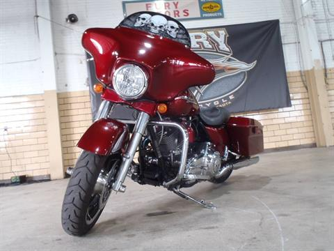 2009 Harley-Davidson Street Glide® in South Saint Paul, Minnesota - Photo 5
