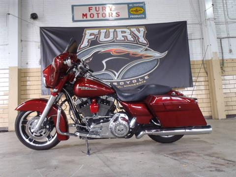 2009 Harley-Davidson Street Glide® in South Saint Paul, Minnesota - Photo 6
