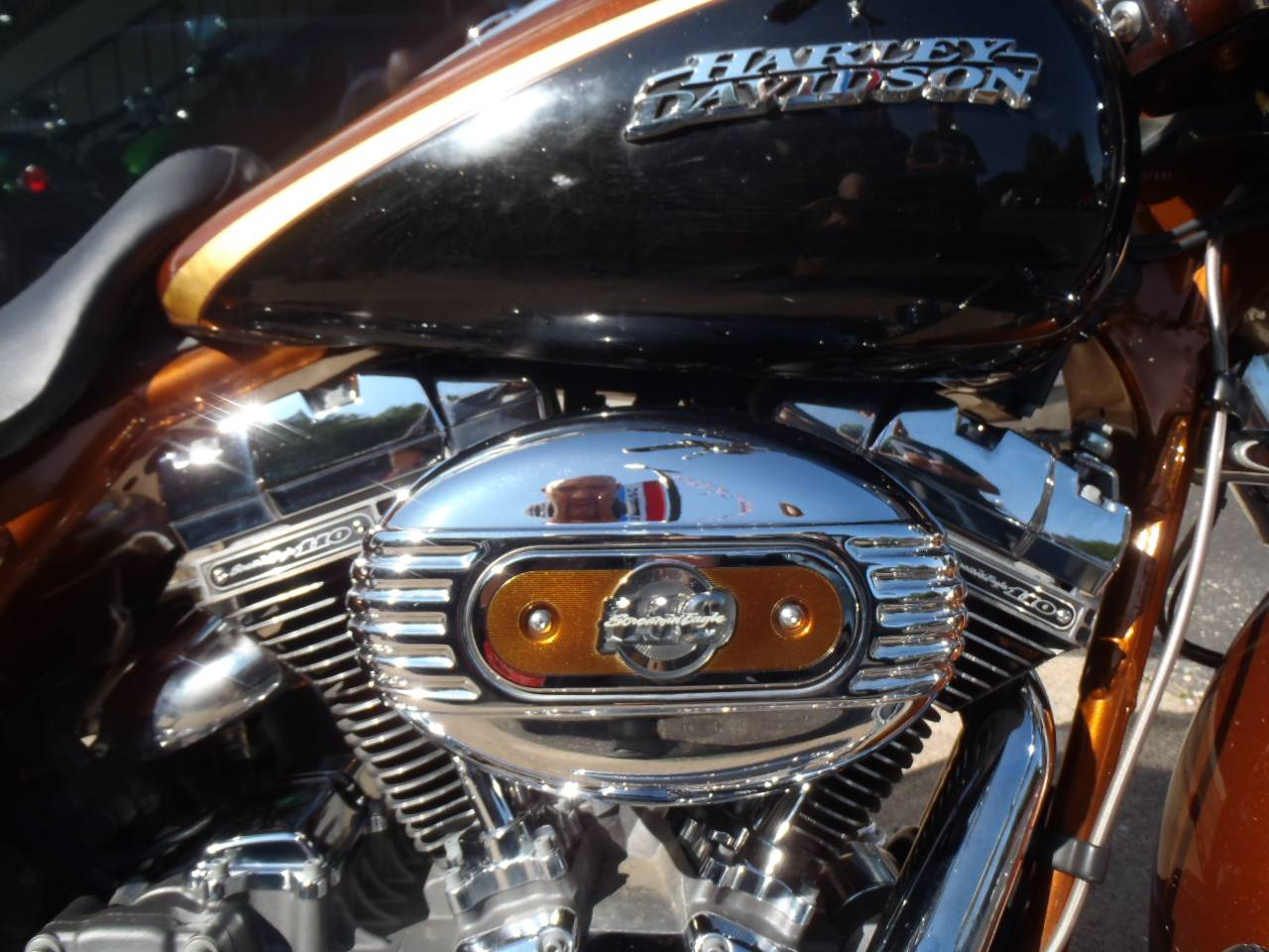 2008 Harley-Davidson CVO™ Screamin' Eagle® Road King® in South Saint Paul, Minnesota - Photo 6