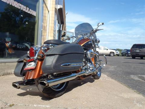 2008 Harley-Davidson CVO™ Screamin' Eagle® Road King® in South Saint Paul, Minnesota - Photo 10