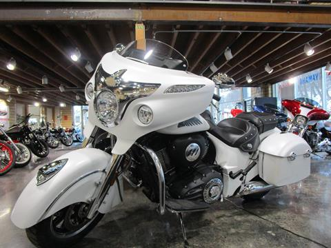 2017 Indian Chieftain® in South Saint Paul, Minnesota