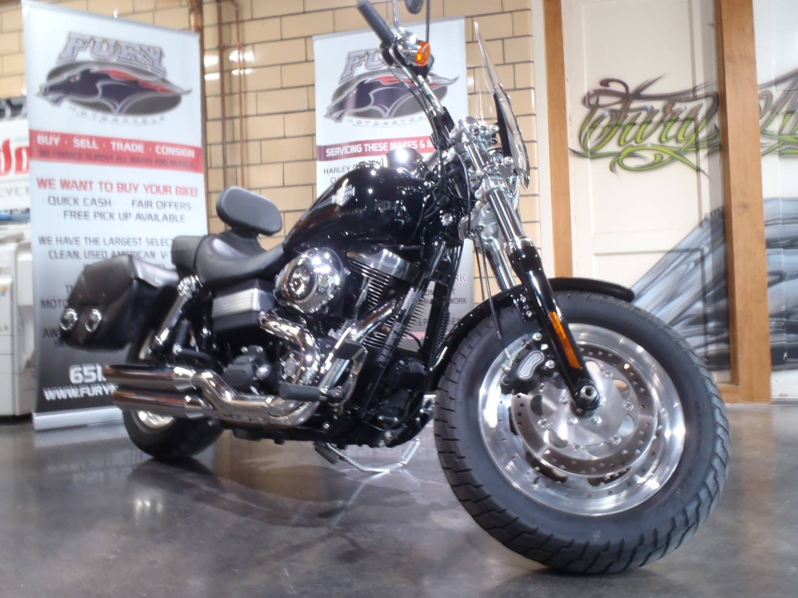 2010 Harley-Davidson Dyna® Fat Bob® in South Saint Paul, Minnesota - Photo 11