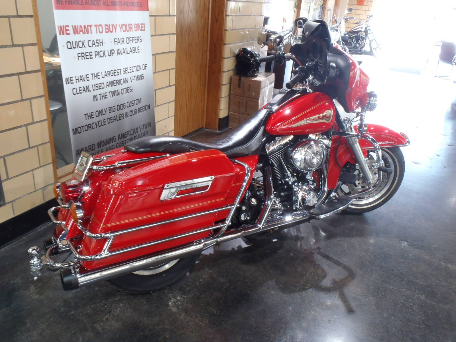 2002 Harley-Davidson FLHTCUI Ultra Classic® Electra Glide® in South Saint Paul, Minnesota - Photo 9