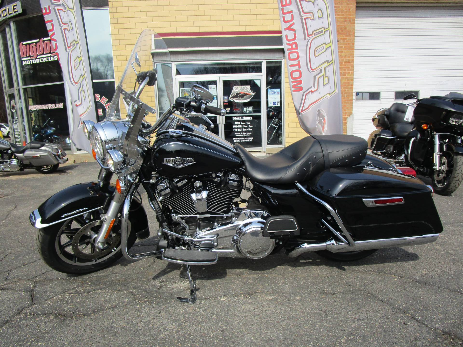 2017 Harley-Davidson Road King® in South Saint Paul, Minnesota - Photo 14
