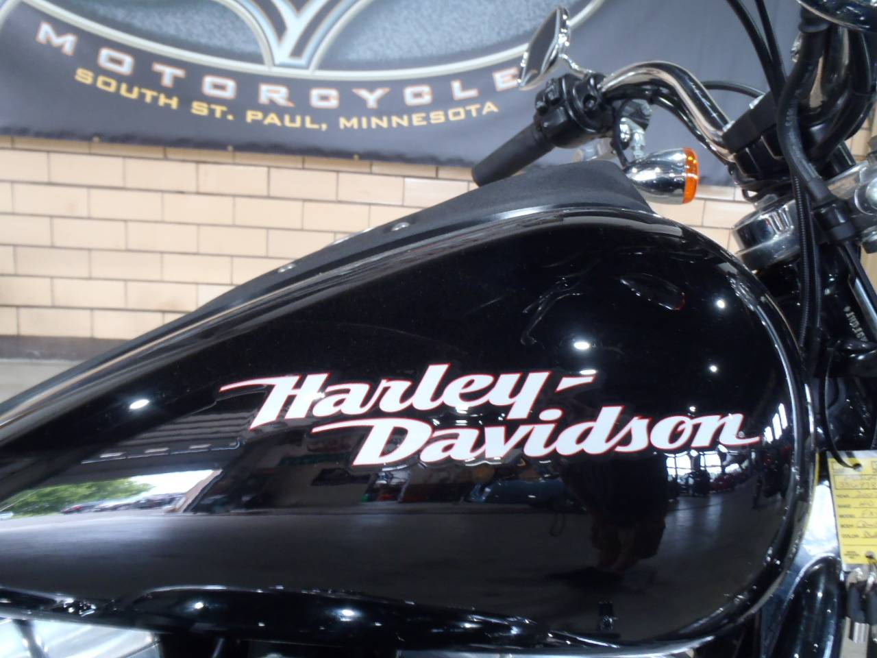 2007 Harley-Davidson Dyna® Super Glide® in South Saint Paul, Minnesota - Photo 3