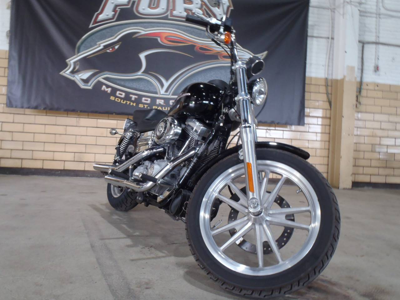 2007 Harley-Davidson Dyna® Super Glide® in South Saint Paul, Minnesota - Photo 9