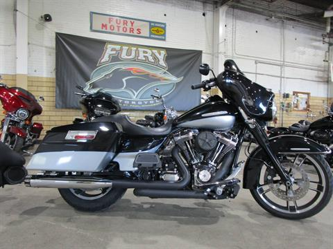 2012 Harley-Davidson FLHTK LIMITED in South Saint Paul, Minnesota - Photo 8