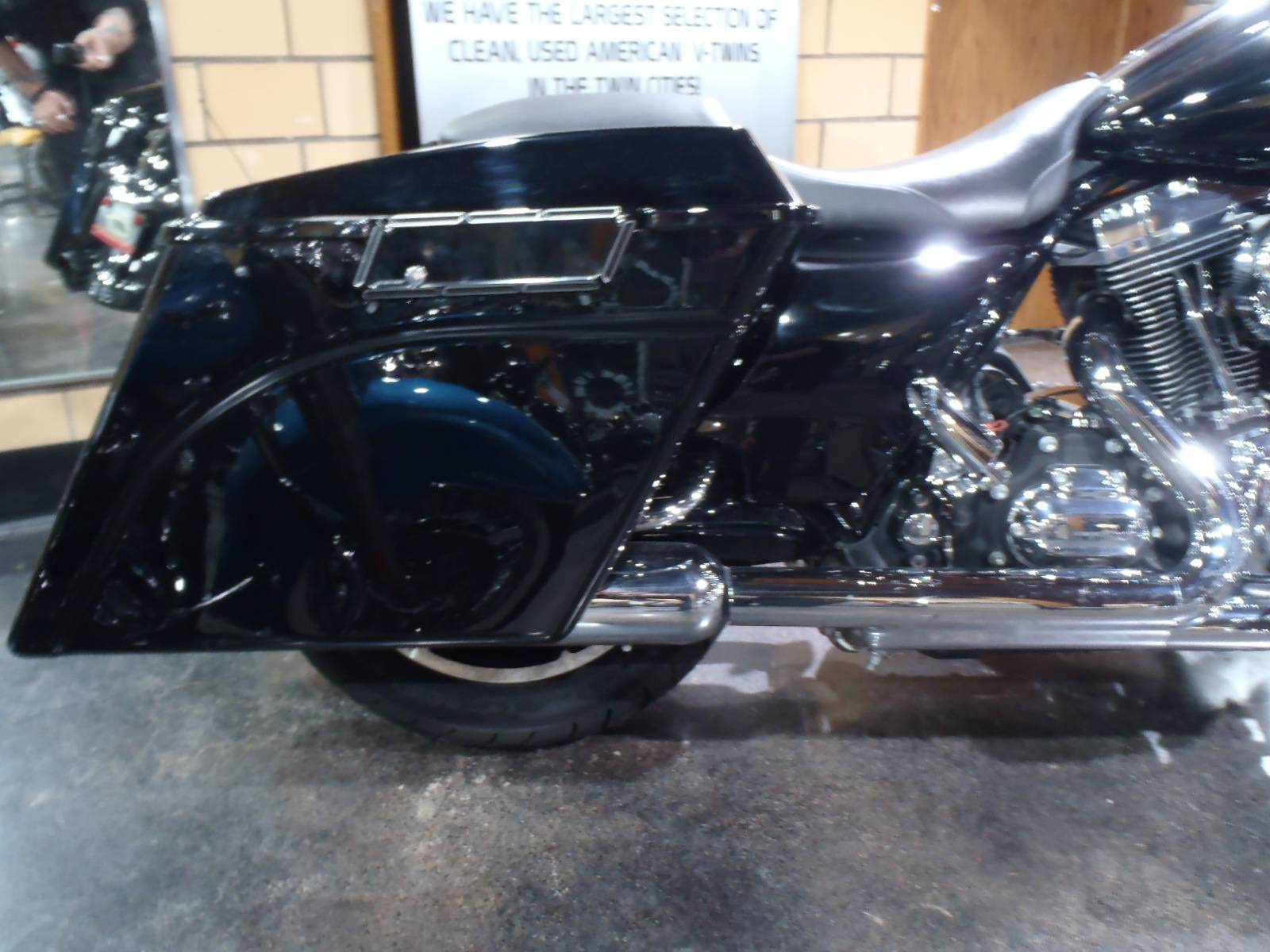 2010 Harley-Davidson Street Glide® in South Saint Paul, Minnesota - Photo 8