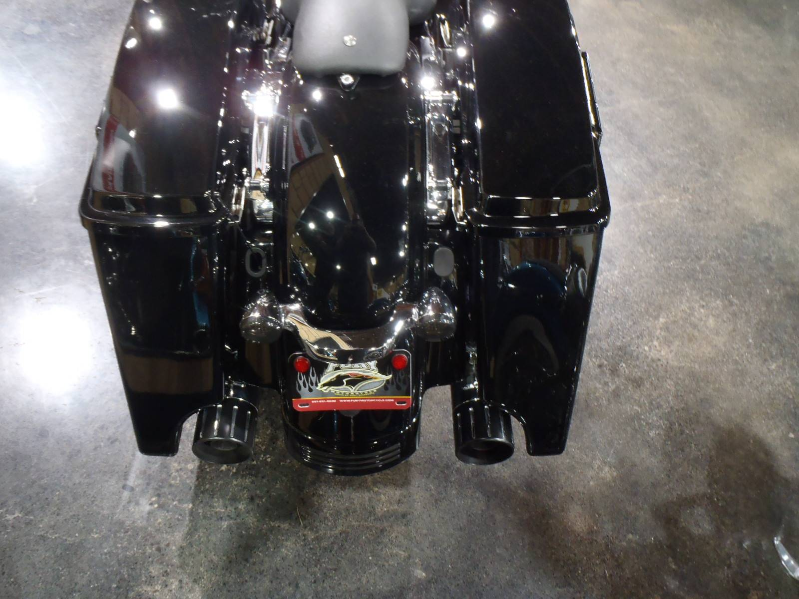 2010 Harley-Davidson Street Glide® in South Saint Paul, Minnesota - Photo 10