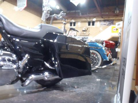 2010 Harley-Davidson Street Glide® in South Saint Paul, Minnesota - Photo 16