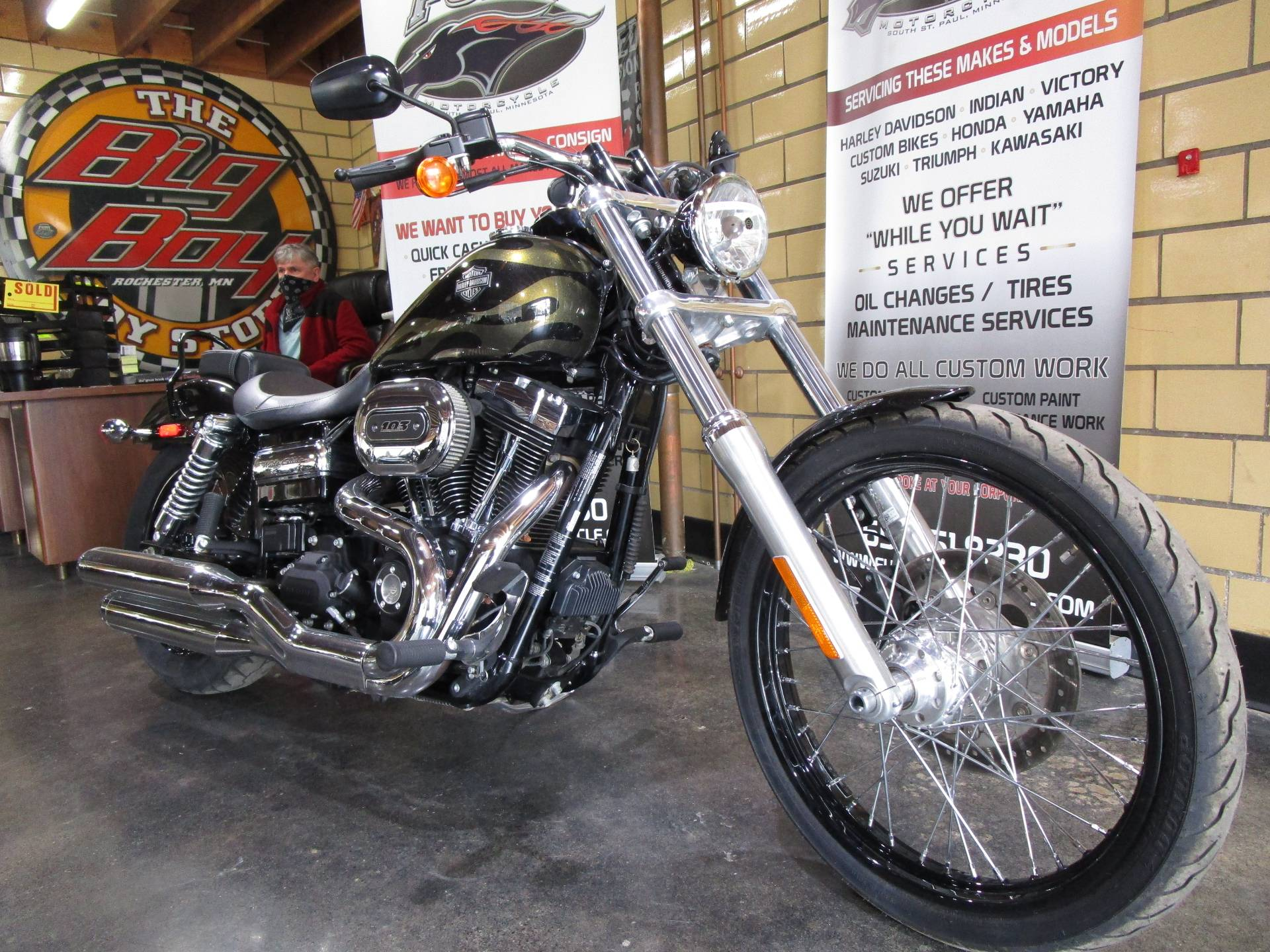 2017 Harley-Davidson Wide Glide in South Saint Paul, Minnesota - Photo 2