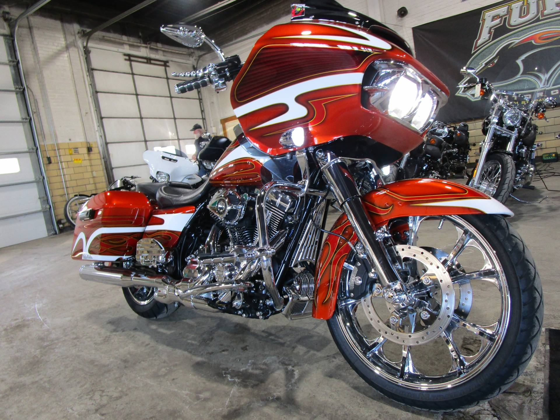 2016 Harley-Davidson Road Glide® Special in South Saint Paul, Minnesota - Photo 3