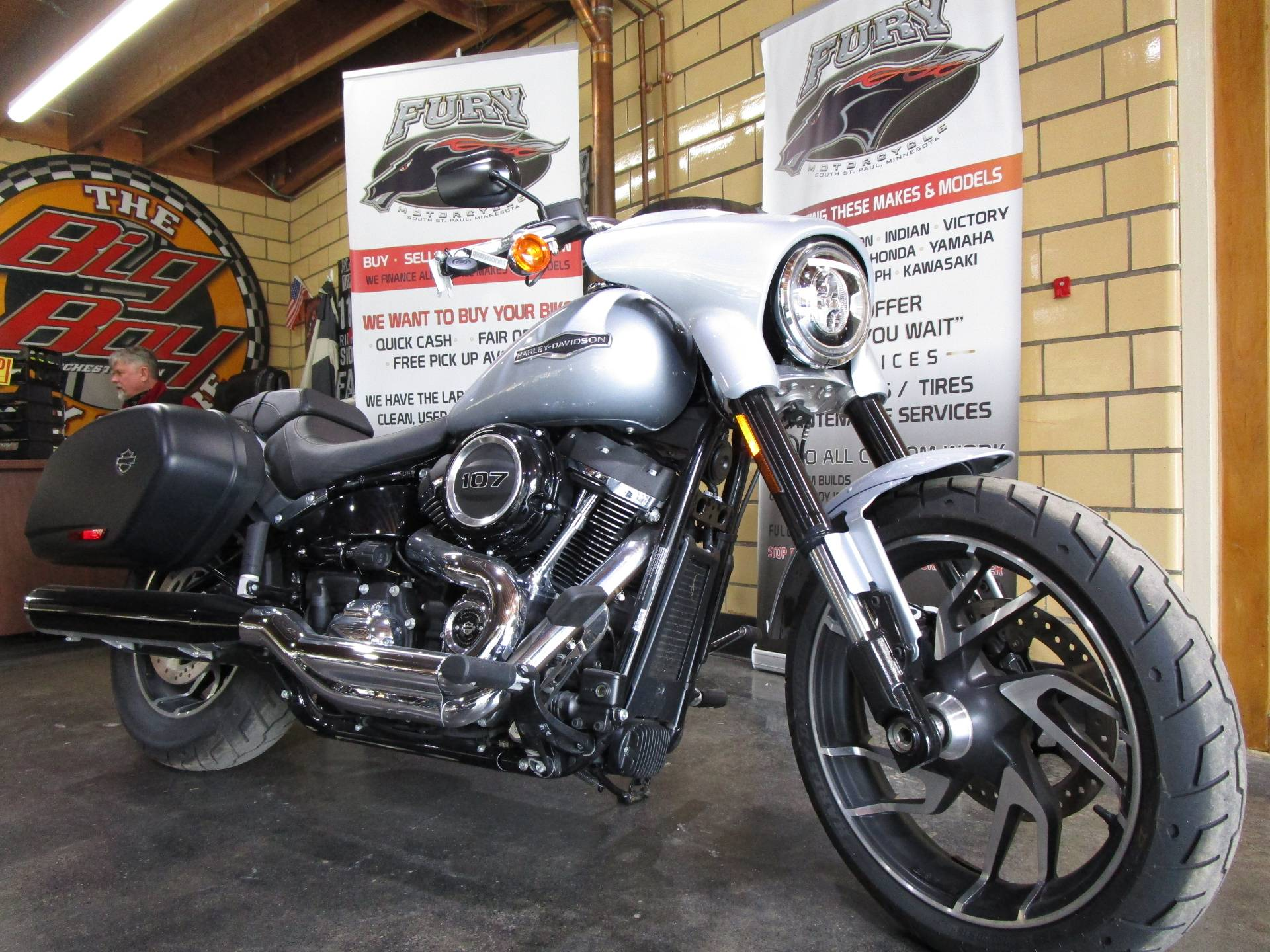 2019 Harley-Davidson Sport Glide® in South Saint Paul, Minnesota - Photo 2