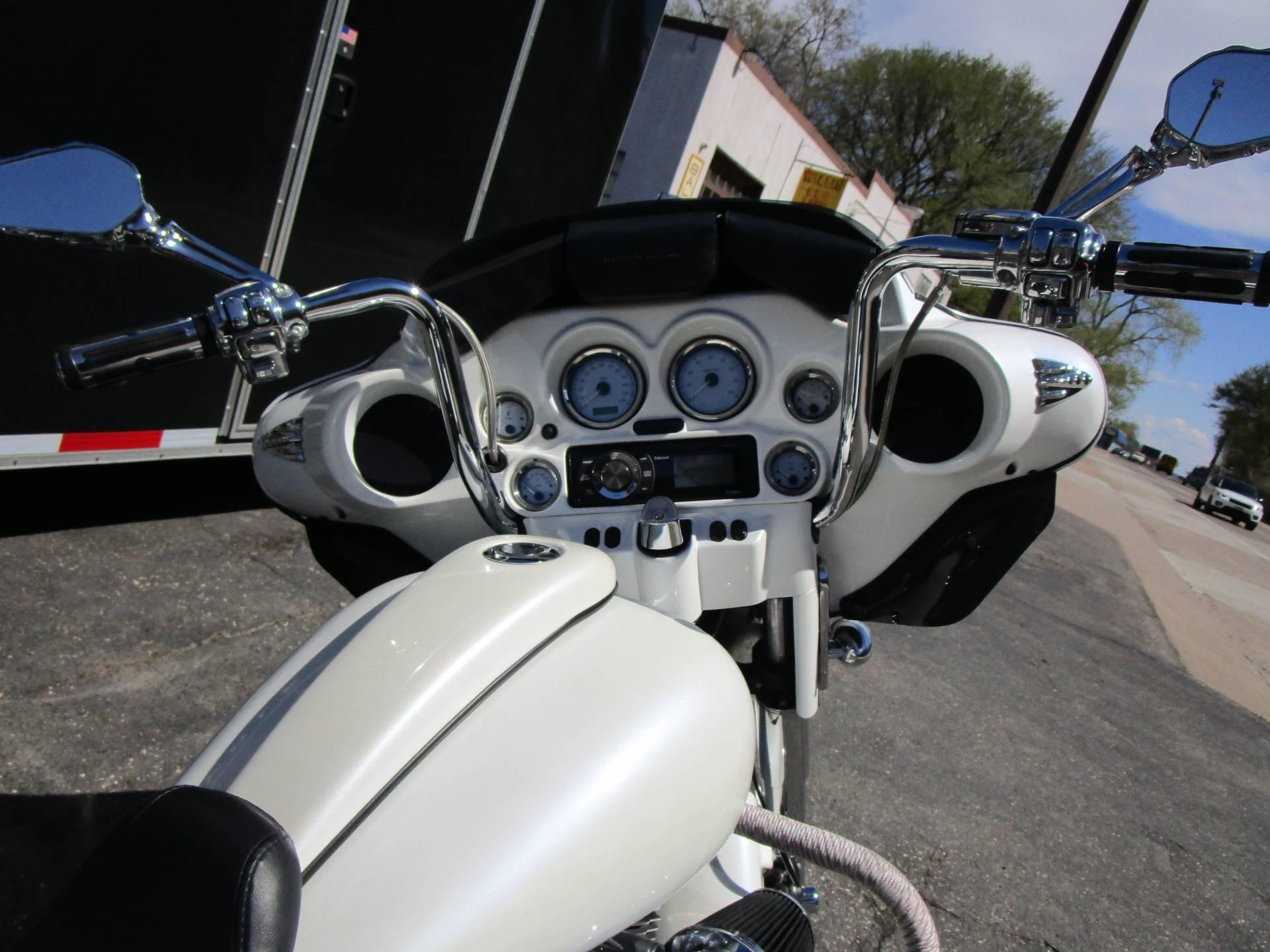 2008 Harley-Davidson FLHX STREET GLIDE 12