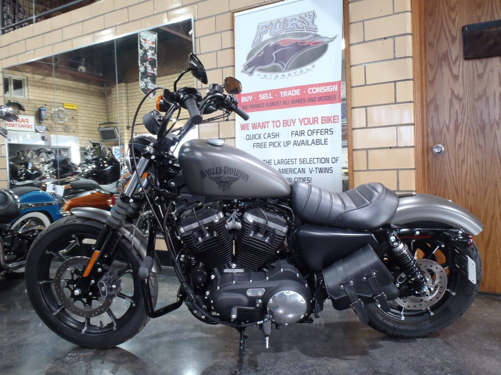 2018 Harley-Davidson Iron 883™ in South Saint Paul, Minnesota - Photo 11
